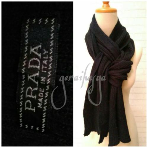 Foto Produk scarf shawl syal hitam u pria wanita by prada #160 dari Gerai Hasya