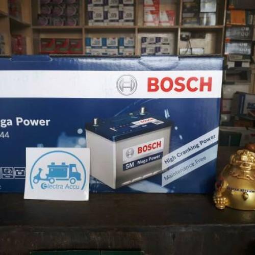 Foto Produk Aki mobil BMW Series 520 , 525 , 528 , 530 New 60044 / 60038 Bosch dari electra accu