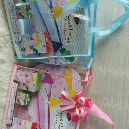 Foto Produk souvenir hampers set meja belajar one month aqiqah newborn birthday dari Elaine shopping
