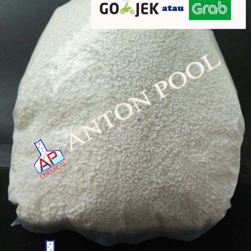 Foto Produk Kaporit / Chlorine Granular Jepang Niclon 70% (1kg) Gojek / Grab only dari Anton Pool
