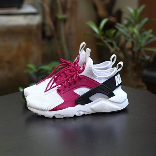 Sepatu Nike Wanita Air Huarache Run Ultra White Fuschia Purple