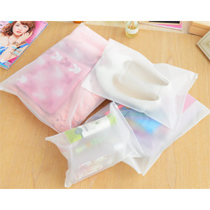 Foto Produk Plastik Pelindung Kantong Kemasan Baju Pakaian Sepatu Anti Air XL YC26 dari Belowsaban