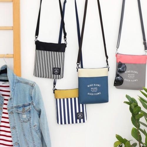 Foto Produk Iconic Tripping Cross Bags / Tas Selempang / Cross Body Sling Bags - Grey Pink dari EnnWen Online Store