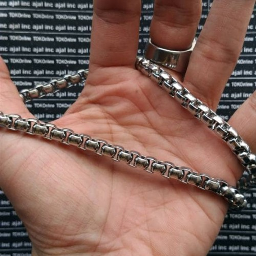 Foto Produk kalung pria / necklace titanium stainless steel 316L import model 1 dari tokonline jakarta