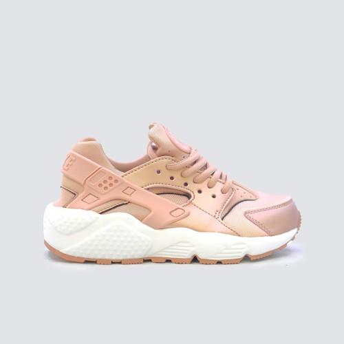 Nike Air Huarache Rose Gold