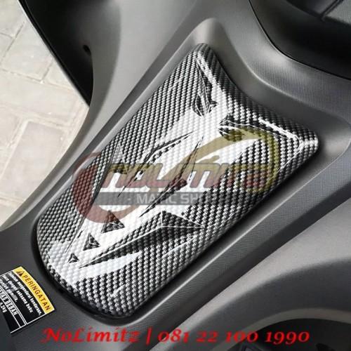Foto Produk Cover / Tutup Tangki Bensin Cap Gap NEMO Carbon Yamaha Aerox 155 dari NoLimitz Maticshop