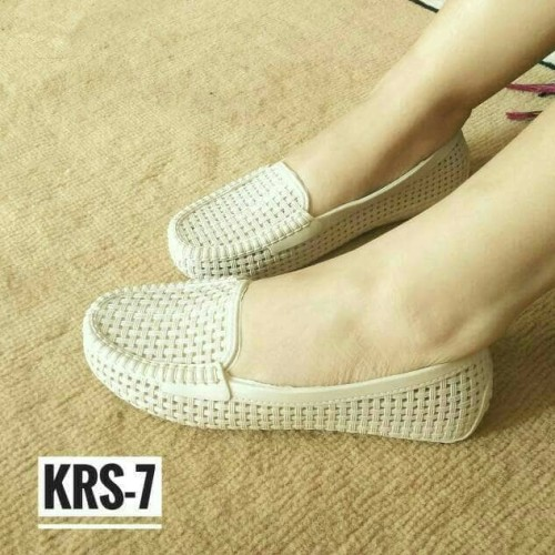 Foto Produk Sepatu Karet Wanita / Jelly Shoes / Flat Shoes - Mokka, 37 dari Dosies Shoes