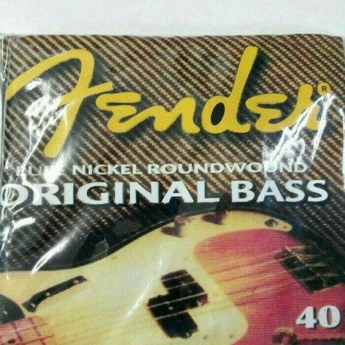 Foto Produk senar bass 4 string fender fullset ellektrik murmer dari ridwan guitar shop
