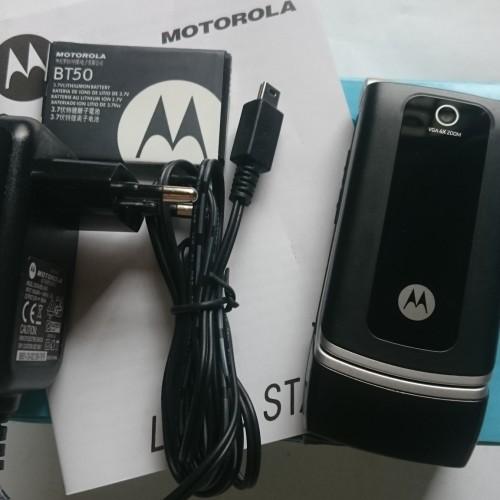 Foto Produk Motorola W375 Flip - Clamshell Cannon Grey - Hitam - HP Jadul Original dari ADELINA MALL