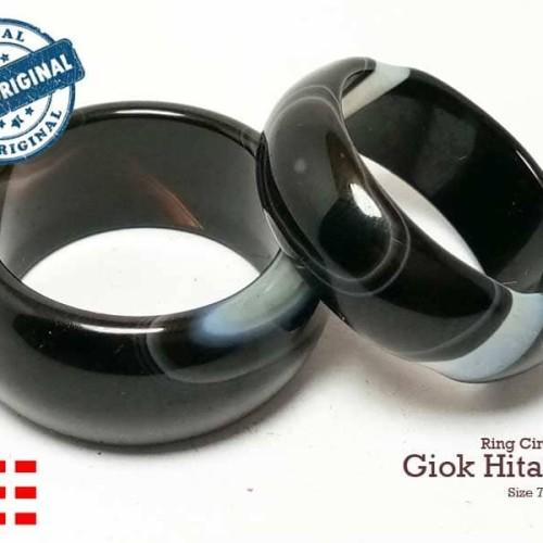 Foto Produk VeE Ring Cincin Terapi Kesehatan Batu Giok Hitam - Black Jade  Asli dari Vee Jewelry