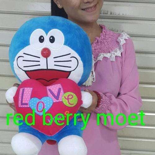 Foto Produk boneka doraemon love 30 cm / medium dari redberrymoet