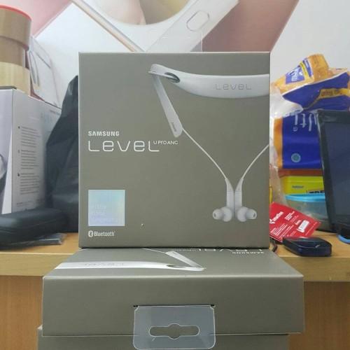 Foto Produk Headset Handfree Bluetooth Samsung LEVEL U PRO ANC-GARANSI 1 THN SEIN - Putih dari Market Plan