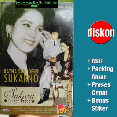 Foto Produk Ratna Sari Dewi Sukarno Sakura di Tengah Prahara - M Yuanda Zara dari Buku Beta