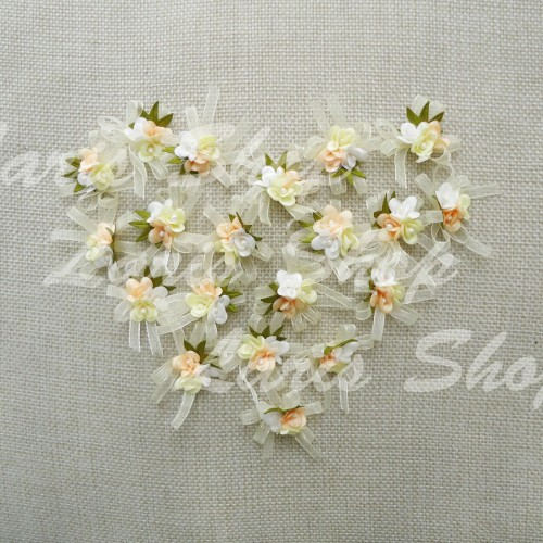 Foto Produk Bunga 3 Kuntum Pita Organdi Bahan Bros Undangan Krem / Cream SF204 dari laris shops