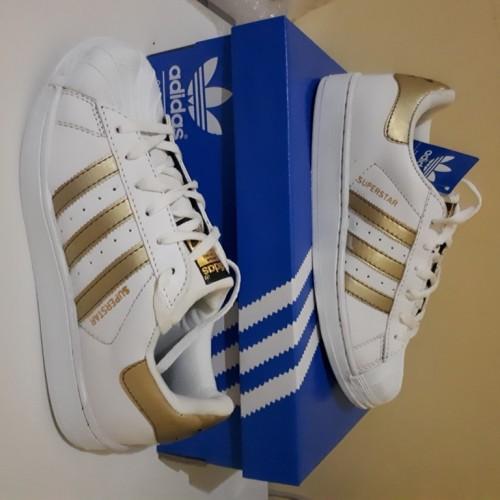 Foto Produk Sepatu Adidas Superstar Gold dari JKT-ART