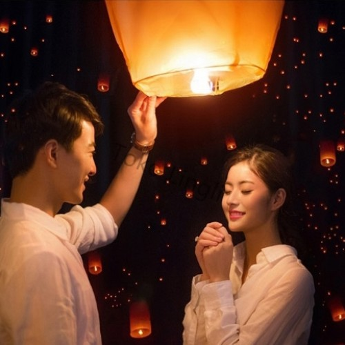 Foto Produk Lampion Terbang / Flying Sky Lanterns dari tokolingli