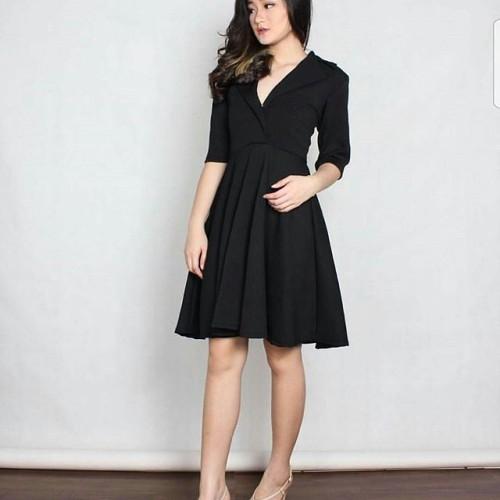 Foto Produk Midi dress Scuba Hitam - Multi Color, M dari Valettashop