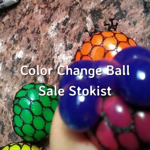 Foto Produk Squishy Anggur bola ninja anti stress ball berubah warna dari Sale Stockist