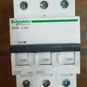 Foto Produk (Murah) mcb IC60N 3phase 25A 6ka schneider dari clarinda shop