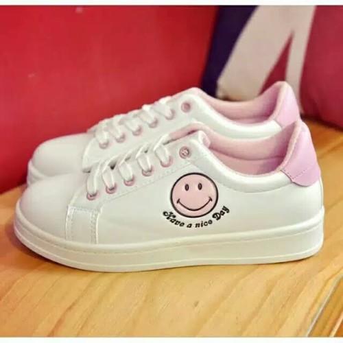 Foto Produk Sepatu cewek smile have a nice day dari puspa_AW collection