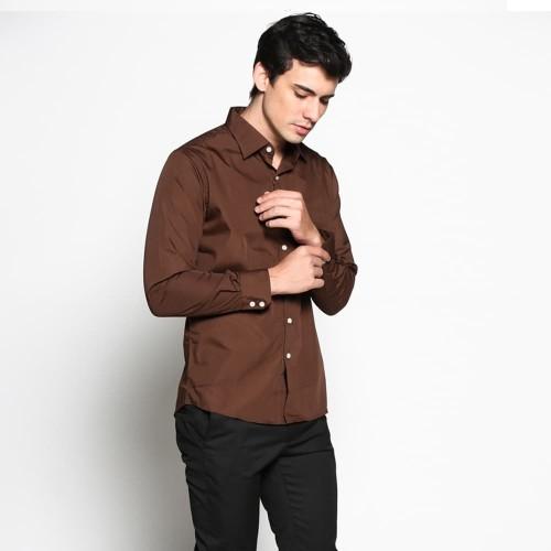 Foto Produk VM Kemeja Basic Slim Panjang Coklat - Long slim Shirt - Cokelat, L dari VM VanMarvell
