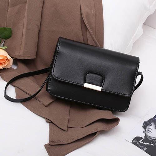 Foto Produk tas selempang fashion wanita sling bag messenger simple korea bta338 - Merah dari Oila