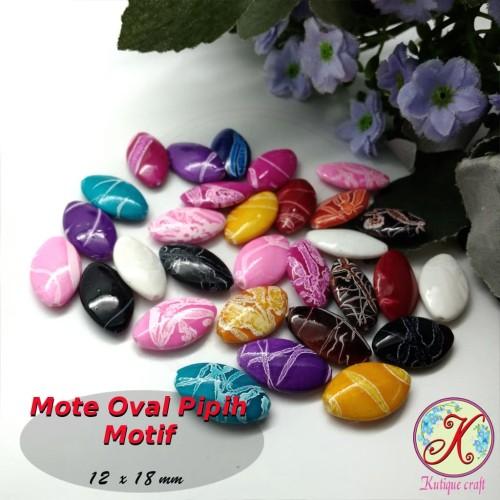 Foto Produk Mote Oval Pipih Motif per 50 pcs mix (aplikasi bros, kalung, gelang) dari Kutique Craft