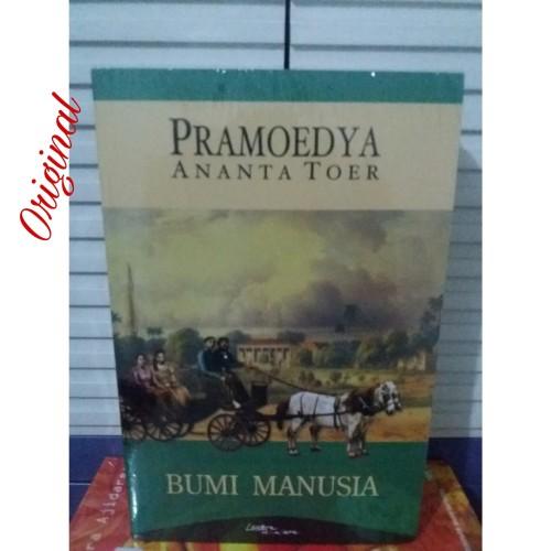 """Foto Produk Original """" Buku Novel Bumi Manusia Pramoedya Ananta Toer dari Showroom Books"""