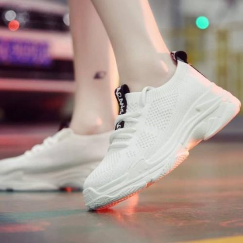 Foto Produk Sepatu Adidas Falcon Fasion WMN Sneakers Wanita running terbaru sports dari Side Sport