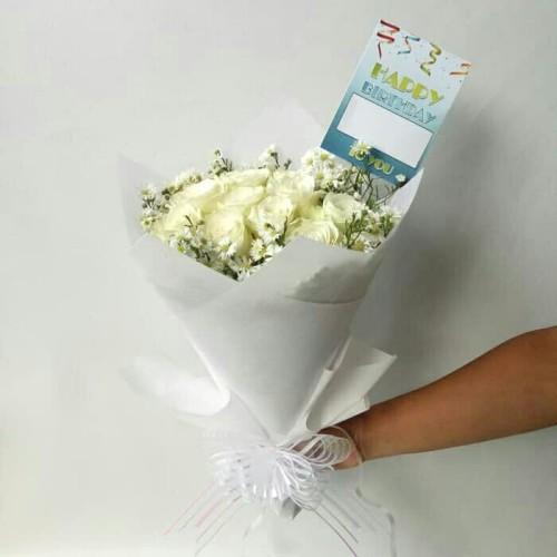 Foto Produk Hand Bouquet / Buket Bunga Wisuda / Buket Bunga / Bunga Mawar dari Freshcut Flower