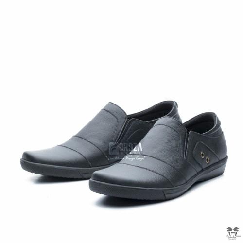 Foto Produk Sepatu Pantofel Pria Semi Formal kulit asli Warna Hitam Fordza CBR107 - Hitam, 40 dari FORDZA Shop
