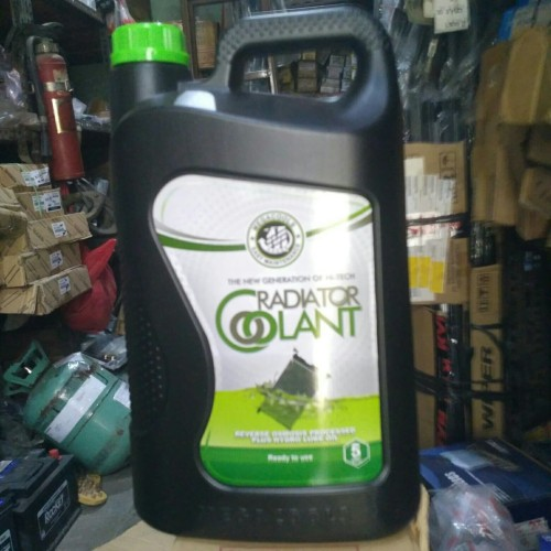 Foto Produk air radiator / radiator coolant kemasan 5 liter khusus gosend dari Eka Jaya otista