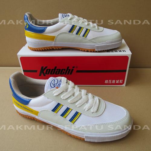 Foto Produk Sepatu Capung - Kodachi 8116 - Kuning / Biru - 40 dari Makmur Sepatu Sandal