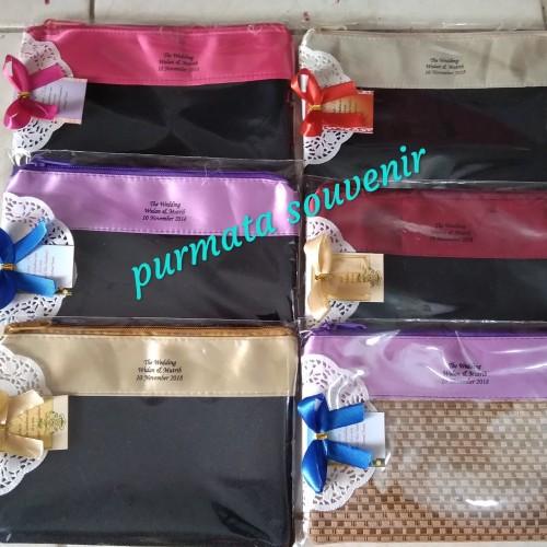 Foto Produk Souvenir pouch/souvenir pernikahan/souvenir murah/souvenir domoet jok dari purmata souvenir