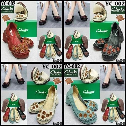 "Foto Produk Sepatu Clarks litte Flower YC-002 ""Black, Lightblue, Beige, Maroon"" dari C Boutique"