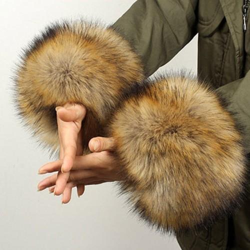 Foto Produk Ynzzu Satu Pasang! Kedatangan Baru Wanita Musim Dingin Hangat Berbulu dari Wellnes Shop