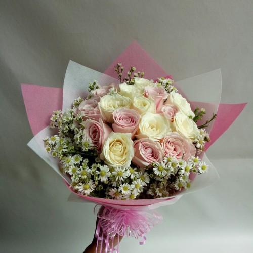 Foto Produk Buket bunga wisuda bunga mawar asli hand boquet florist dari Freshcut Flower