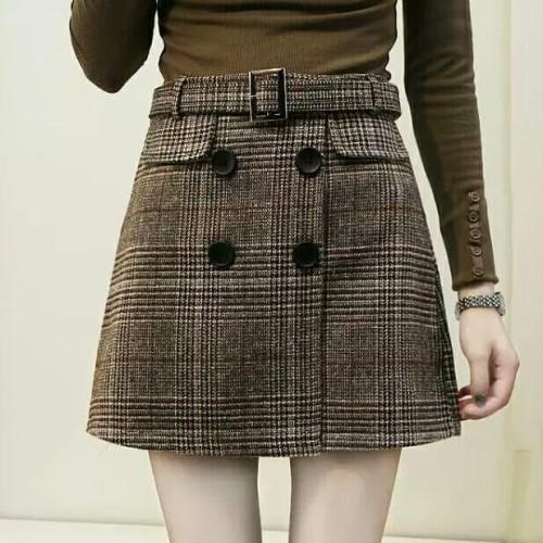 Foto Produk Women High Waist Plaid Tweed Skirt with Button Retro Vinatge dari delicia boutique