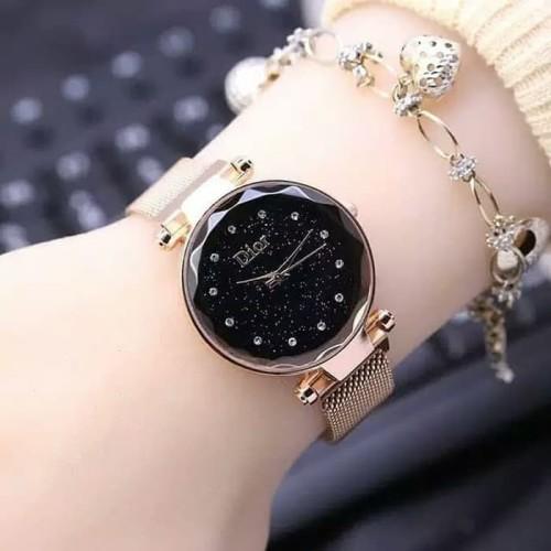Foto Produk Jam tangan wanita tali pasir magnet - gold dari Bandung Kosmetik