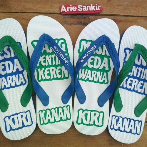 Foto Produk Sandal ukir kata-kata dari sandal ukir shop