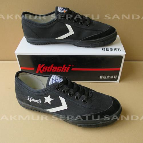 Foto Produk Sepatu Capung - Kodachi 8119 Star Cefron - All Black - Ukuran, 38 dari Makmur Sepatu Sandal