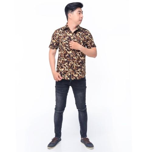 Foto Produk Kemeja Strecht Lengan Pendek Pria Corak Army - Jfashion Stanley - Cokelat, M dari j--fashion