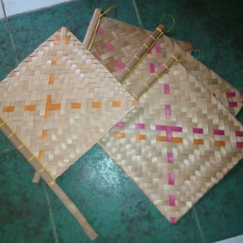 Foto Produk Kipas Sate / Kipas Anyam Bambu dari Sabar Jaya - Pasar Lama