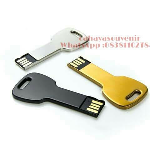 Foto Produk USB metal polos 4gb /Flashdisk Metal dari cahayasouvenir