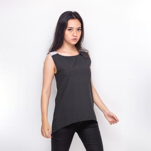 Foto Produk Sophistix Rizane Blouse Warna Black White - Hitam, S dari Sophistix Official Store