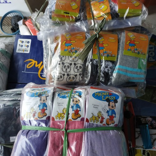 Foto Produk kaos kaki anak motif/polos 1 lusin 12 pasang dari Mika Zhafran shop