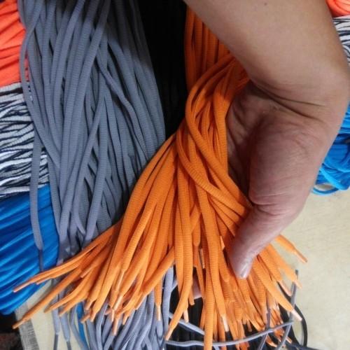 Foto Produk Tali sepatu oval dan pipih dari Indra Jaket Cimanggu