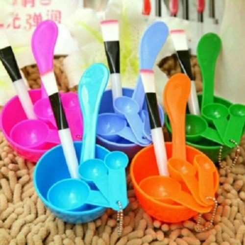 Foto Produk Mangkok Masker Kosmetik dari supplier beauty