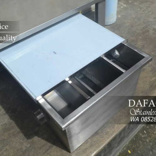 Foto Produk Grease Trap Stainless Steel Saringan Lemak Dapur Cuci Piring dari DaFacArt Sablon