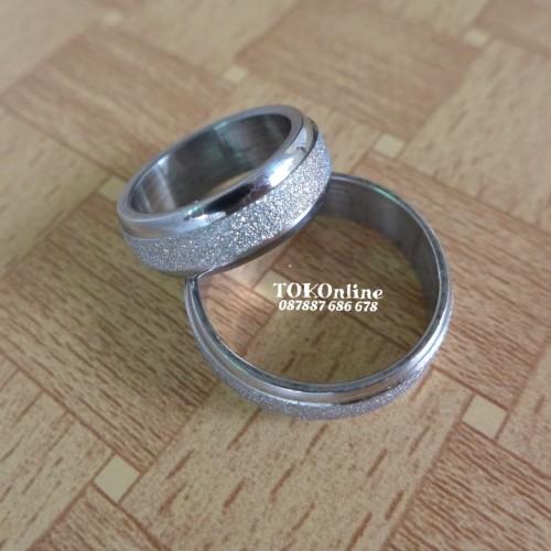 Foto Produk cincin tunangan , engagement ring, wedding ring stainless steel 316L dari tokonline jakarta